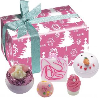 Bomb Cosmetics Bath Blasters Christmas Handmade Fragranced Gift Pack Dreaming of a Pink Christmas