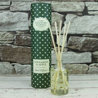The Country Candle Company Superstars 100ml Reed Diffuser Gift Set Cinnamon & Apple